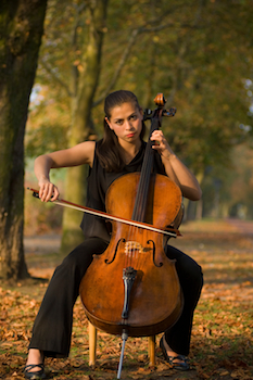 cello_sitting